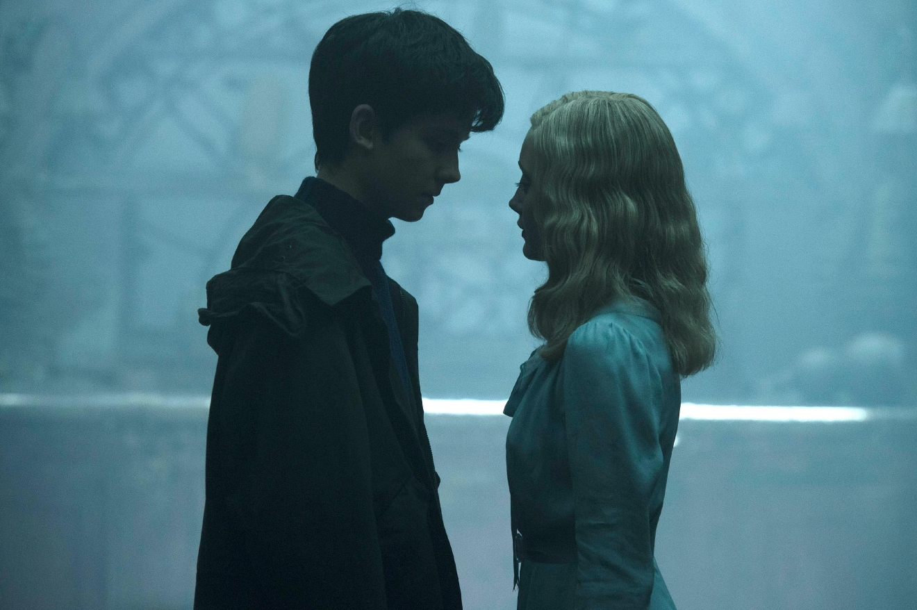 "Jake (Asa Butterfield) and Emma (Ella Purnell) grow close in the extraordinary world of ""Miss Peregrine's Home for Peculiar Children."" Photo Credit: Jay Maidment."