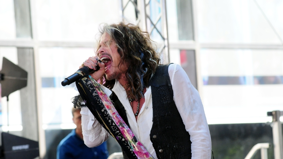 steven tyler confirms 2017 aerosmith tour will be the band 39 s farewell trek wjla. Black Bedroom Furniture Sets. Home Design Ideas