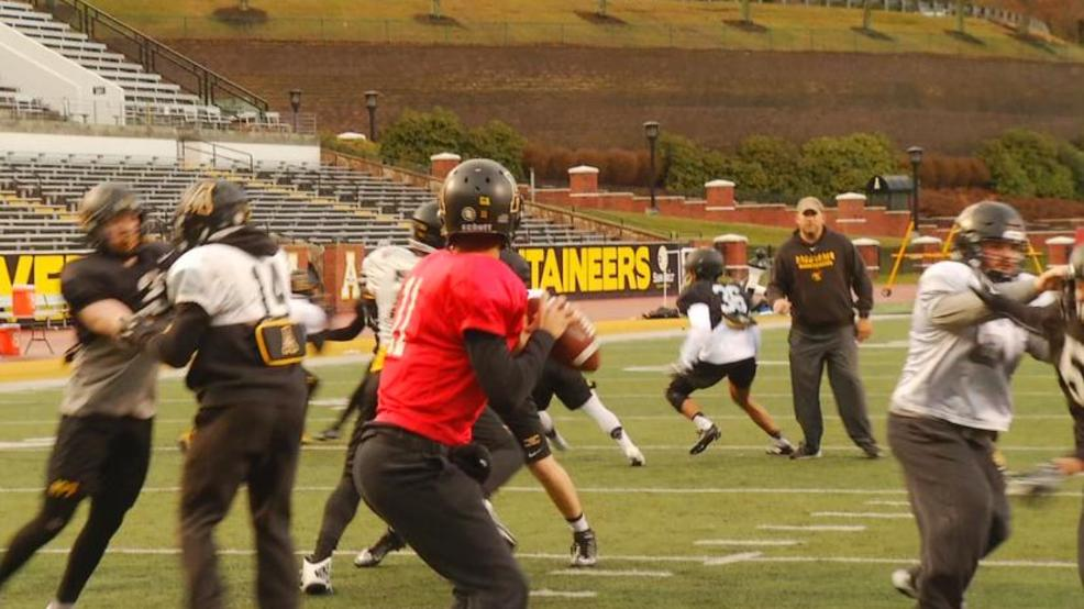 App State getting ready for Camellia Bowl (WLOS Staff).jpg