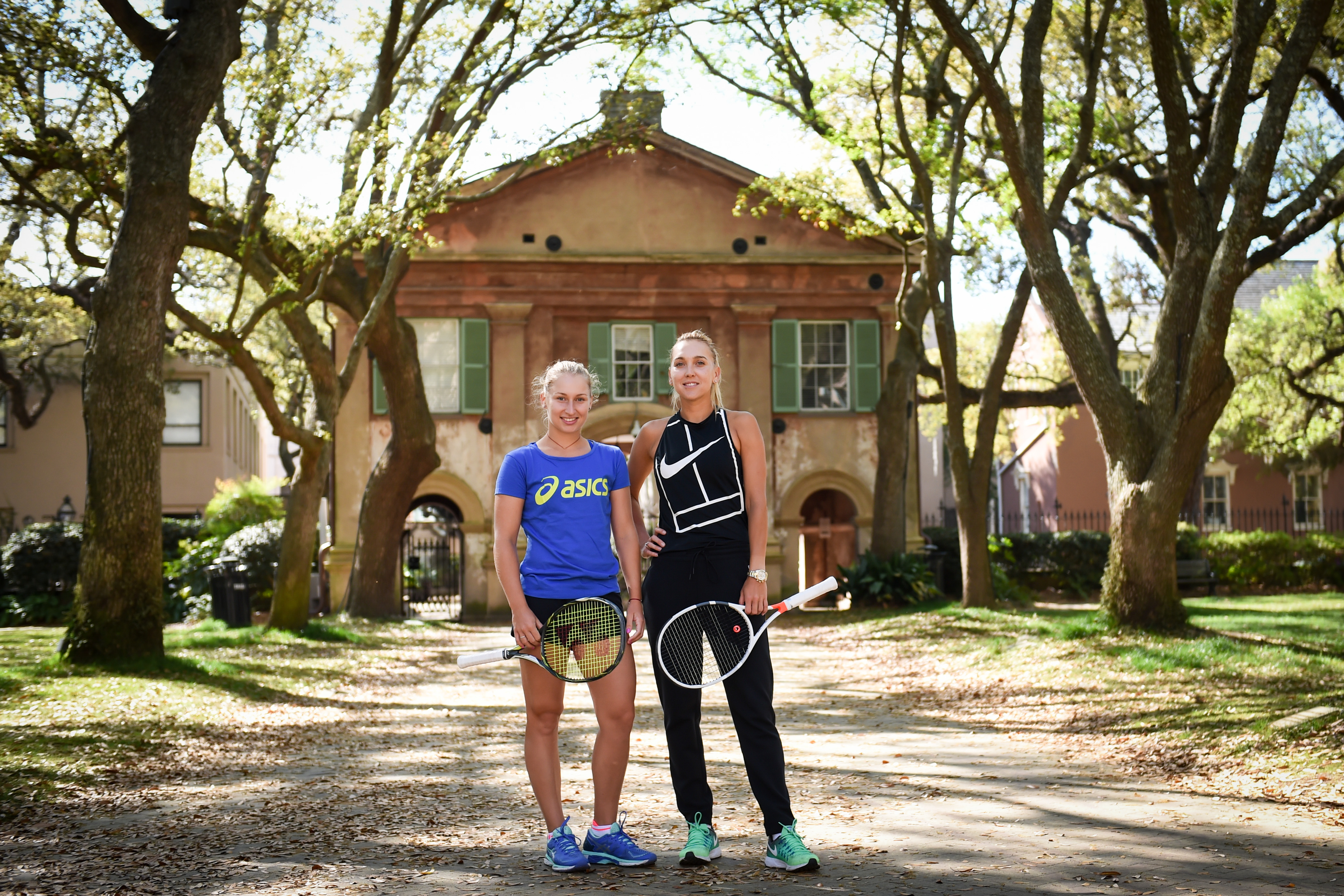 Iconic Photo Shoot with Elena Vesnina and Daria Gavrilova