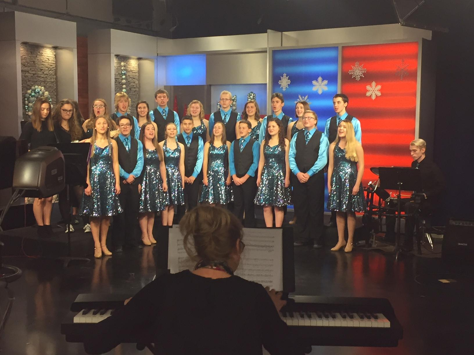 The{&amp;nbsp;}Kiel Waves of Rhythm Show Choir performs on Good Day Wisconsin, December 20, 2017. (WLUK)<p></p>