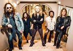 The Dead Daisies 2016 - Groupshot HiRes.jpg