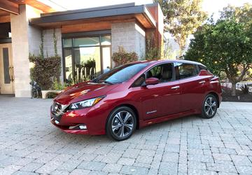 2018 Nissan Leaf: Living the city life