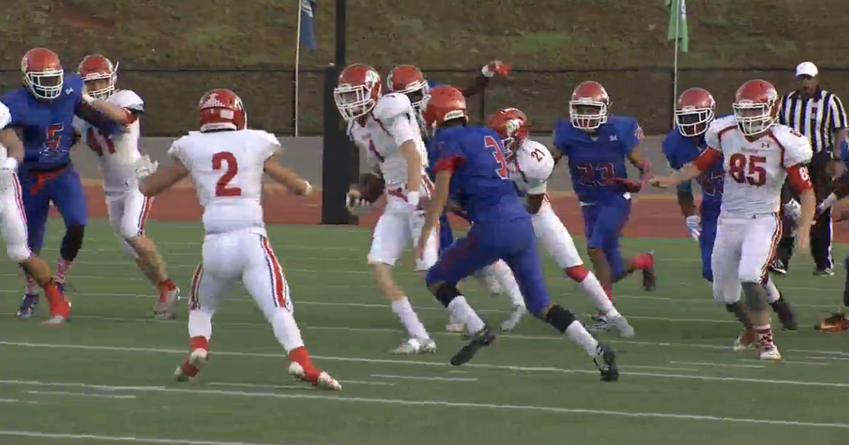 Houston Haines catches the kickoff and runs the ball down the field for a touchdown when Sulphur met John Marshall at Taft Stadium on Friday, Sept. 16. 2016 (KOKH)