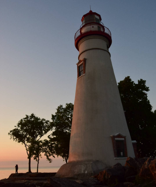 IMAGE: IG user @suegutz987_ / POST: Good morning from Marblehead Lighthouse.