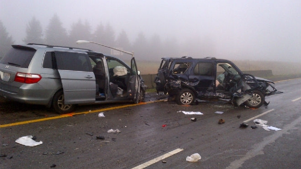 troopers looking for hit and run driver in i 205 crash katu. Black Bedroom Furniture Sets. Home Design Ideas