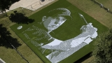 Golf star Jordan Spieth gets mosaic tribute of balls, tees