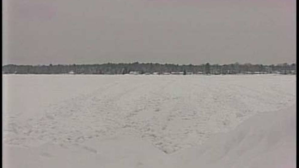 Michigan man dies after falling through ice on indiana for Ice fishing indiana