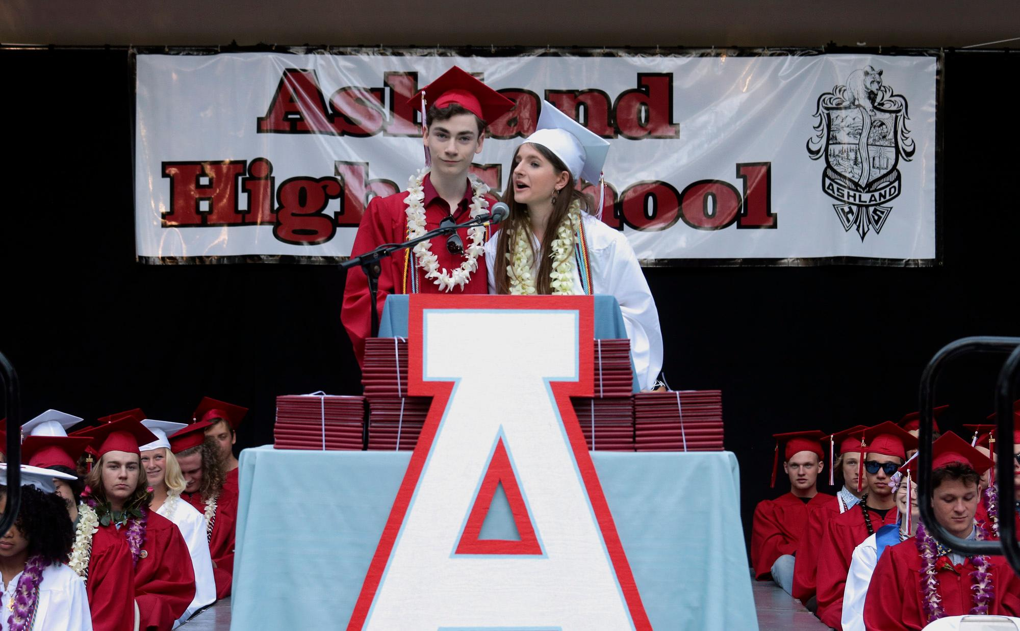 Student Speakers Alex Webb and Maya Davis during the Ashland High Class of 2018 Commencement Ceremony at Lithia Park.   [ / PHOTO BY:  LARRY STAUTH JR]