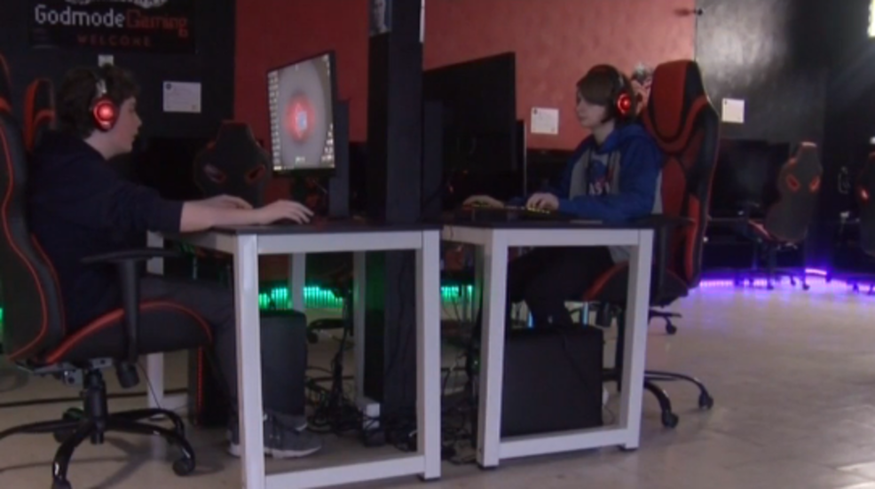 Elk County Couple Launches Video Game Lounge Wjac