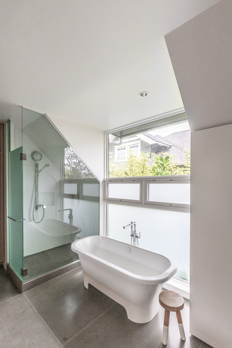 "This week we're previewing houses from{&nbsp;}<a  href=""http://mads.media/2019-seattle-modern-home-tour/"" target=""_blank"" title=""http://mads.media/2019-seattle-modern-home-tour/"">Seattle's 2019 Modern Home Tour</a>, happening Saturday, April 27. Our next home is a 3 bed/2.5 bath Victorian Redux in Capitol Hill. While many on it's block had been long remodeled or replaced, this specific structure from 1905 was one of the sole survivors. Architects worked with the ""stripped down"" Victorian to blend with a language of modern space and detail. The result is nothing short of spectacular.{&nbsp;}E. Cobb Architects;{&nbsp;}Contractor: Ainslie Davis Construction;{&nbsp;}Harriott Valentine Engineers; Landscape: Erin Lau Design; Interior: Tanya Brunner. (Image: Modern Architecture + Design Society)"