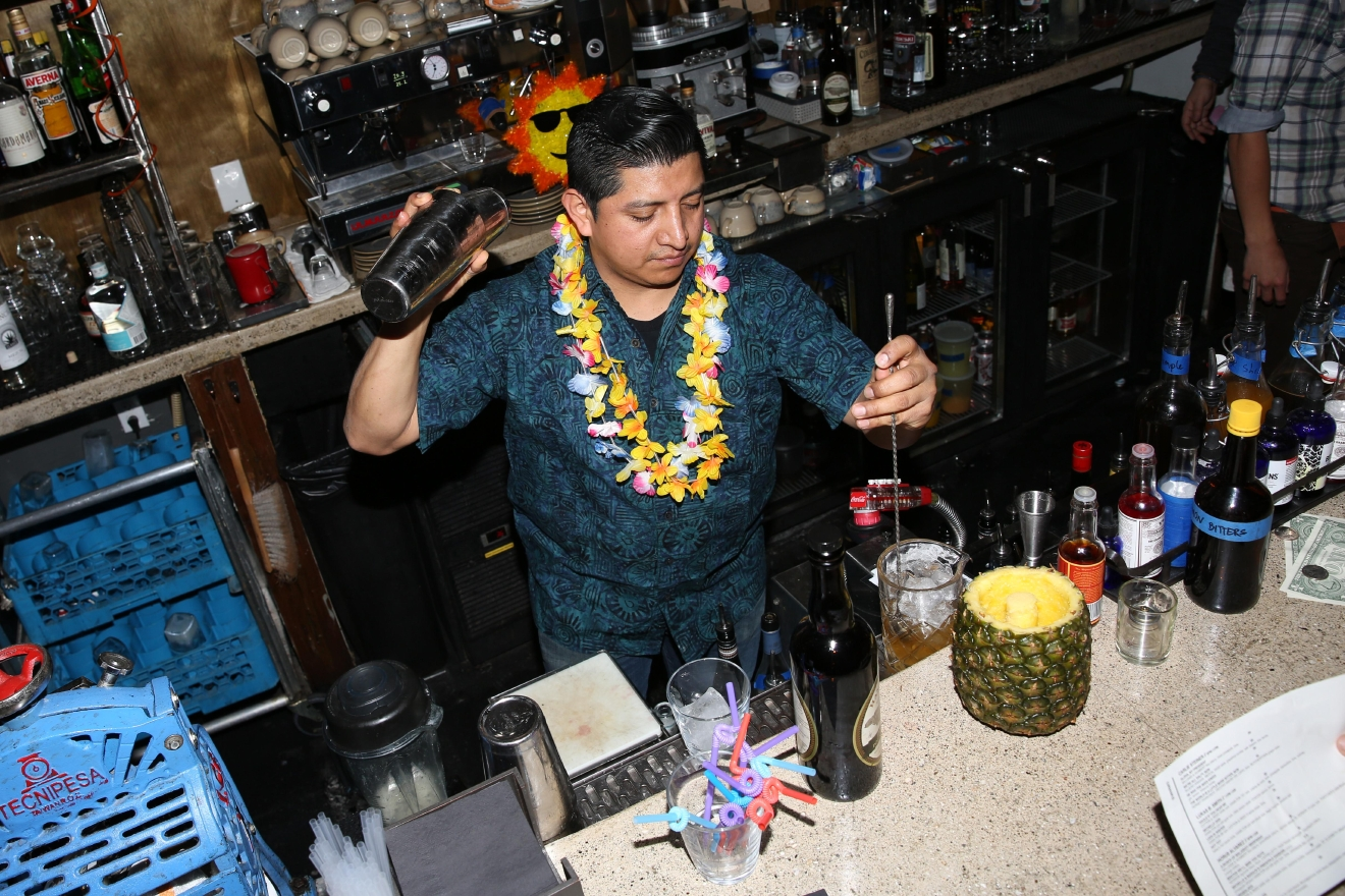 Horus Alvarez manned the bar for much of the evening. (Amanda Andrade-Rhoades/DC Refined)