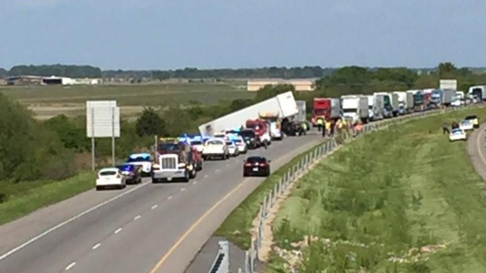 3s Reported In Head On Crash On Arkansas Interstate Victims Identified