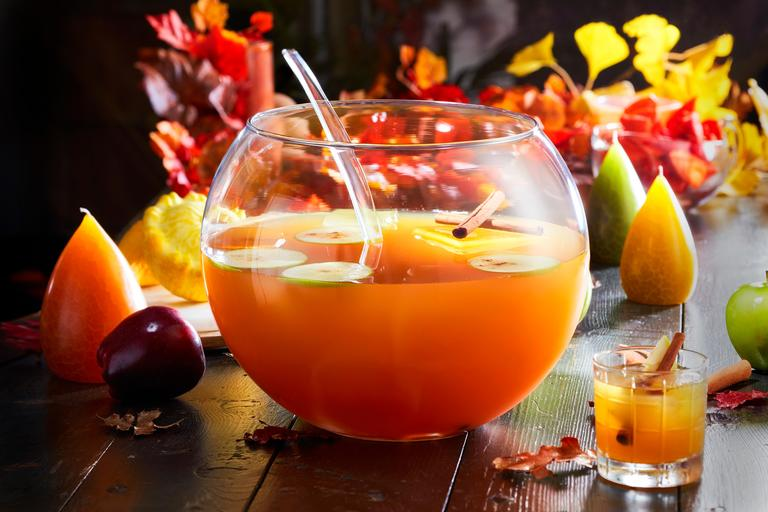 Bacardi Friendsgiving Punch (Photo courtesy Bacardi)<p></p>