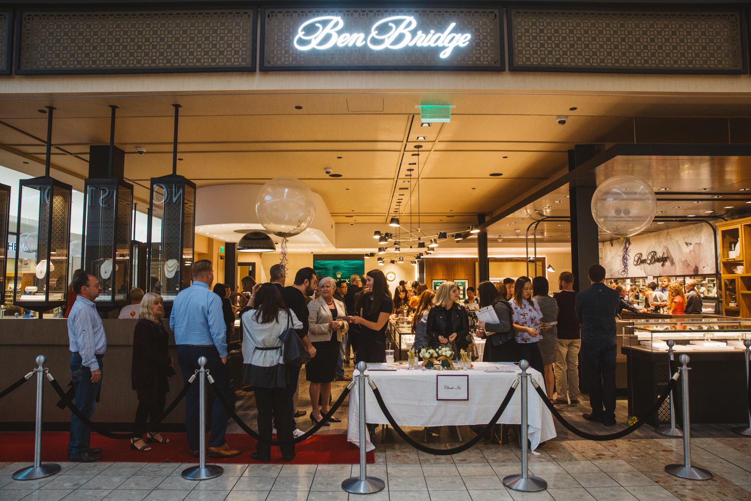 Ben Bridge has been in the jewelry and watch-making business for ages, but last night we got together to celebrate the grand re-opening of their Heritage Location in Westfield Southcenter. Los Agaves poured wine, Din Tai Fung served apps, and 5th generation Lisa Bridge introduced patrons to the new store design, including their Watchmaker Corner and Curio Cabinet. (Image: Ryan McBoyle / Seattle Refined)