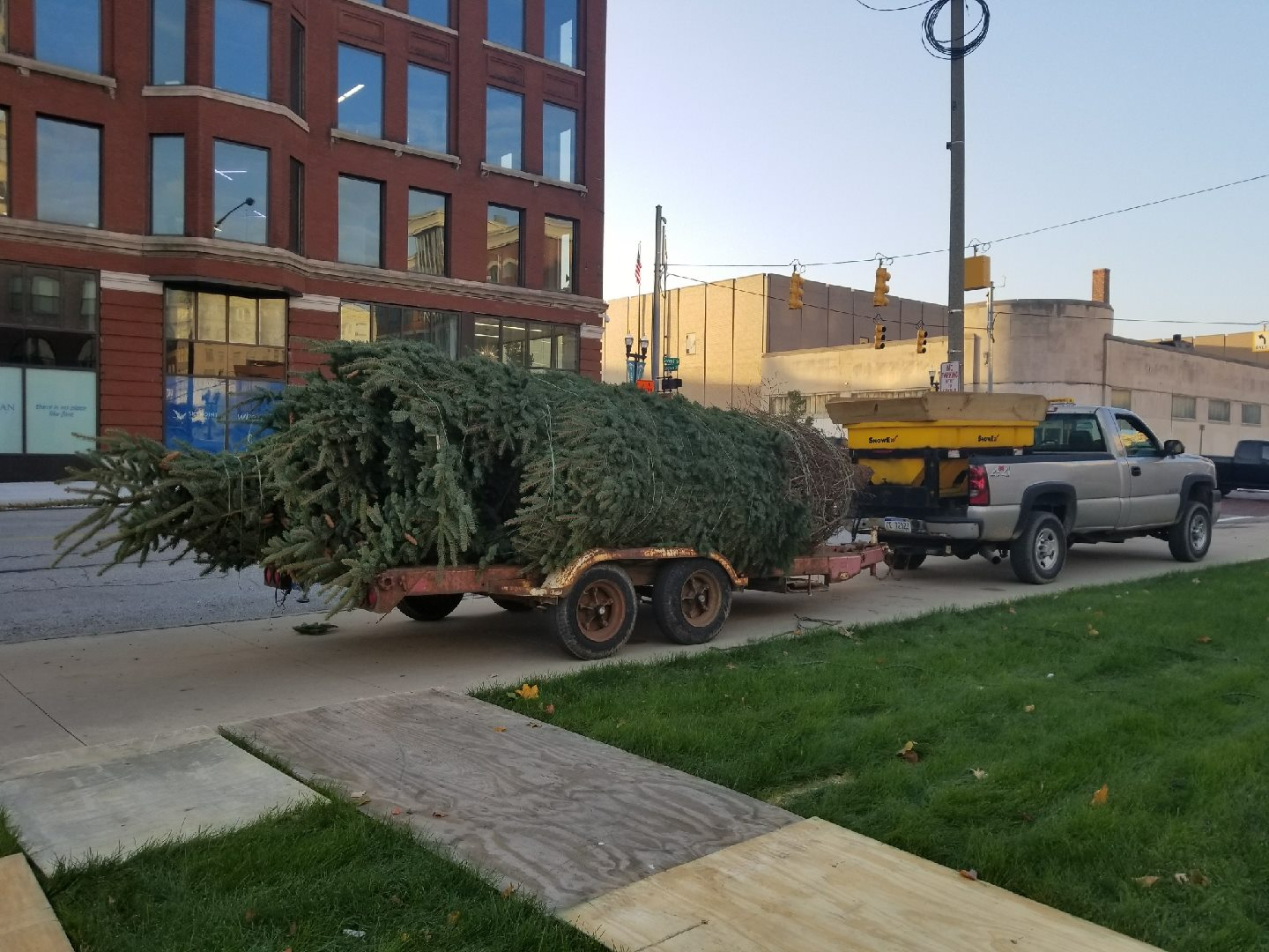 The tree lighting will start a 6 p.m. on Thursday evening in downtown Flint on Saginaw Street. (Photo: Uptown Reinvestment Facebook page){&amp;nbsp;}<p></p>