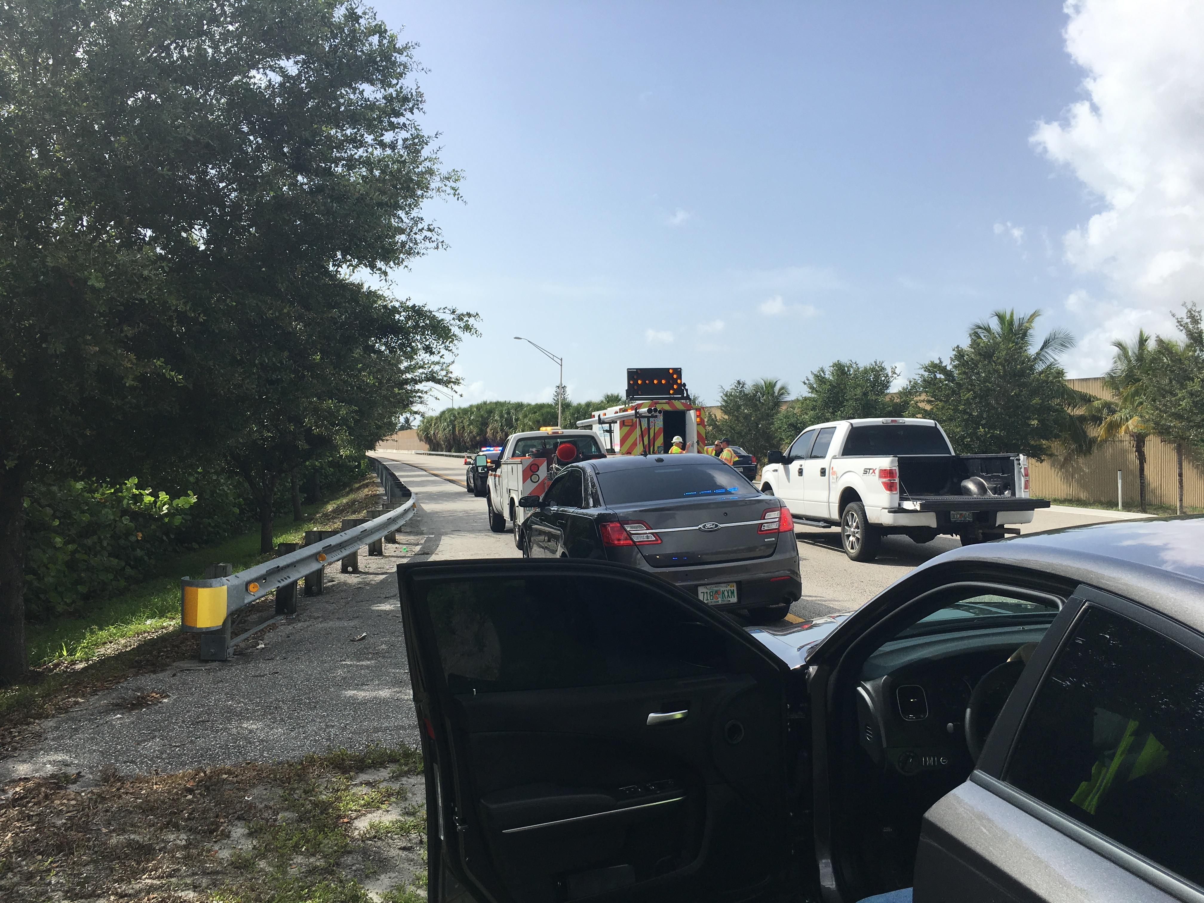 Lawn crews found a body in some bushes along a ramp to southbound I-95 near Palm Beach Lakes. (WPEC)