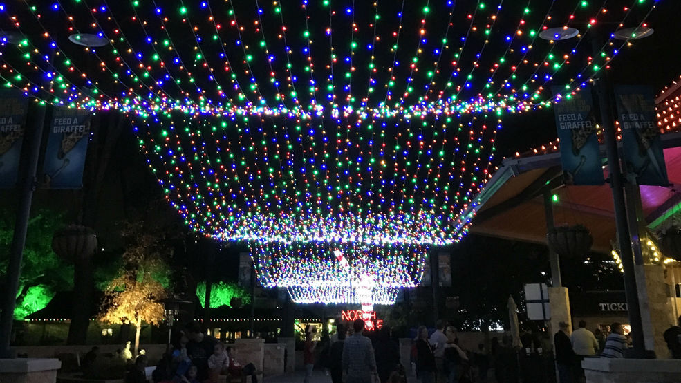 where to find some great christmas light displays in san antonio