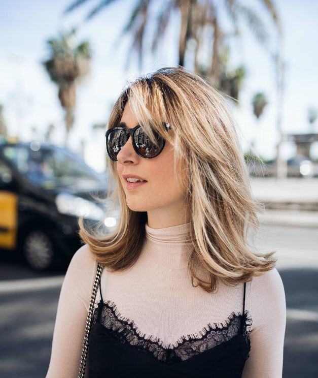 IMAGE: IG user @goodgoodgorgeous / POST: Sunny days in Barcelona & am tempted to make my hair lighter.