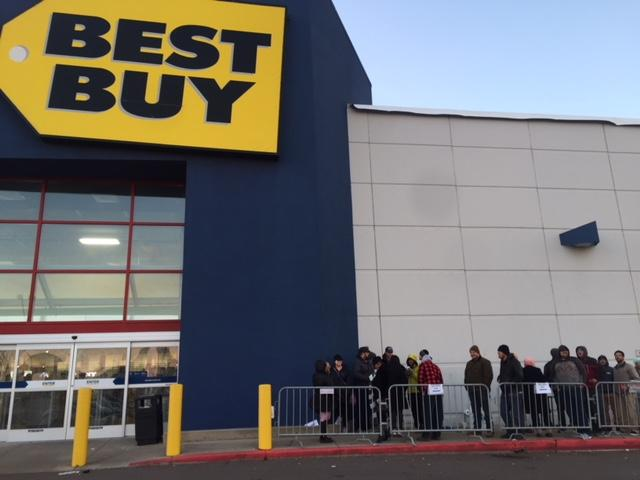 Customers were lined-up outside the Best Buy in Portage, Michigan, by 8 a.m. Black Friday. (WWMT/Jessica Wheeler)