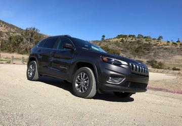 2019 Jeep Cherokee: Midsize SUV loses quirk, goes upscale [First Look]