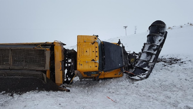 Police: Trucker from Sweet Home knocked ODOT snow plow off the road