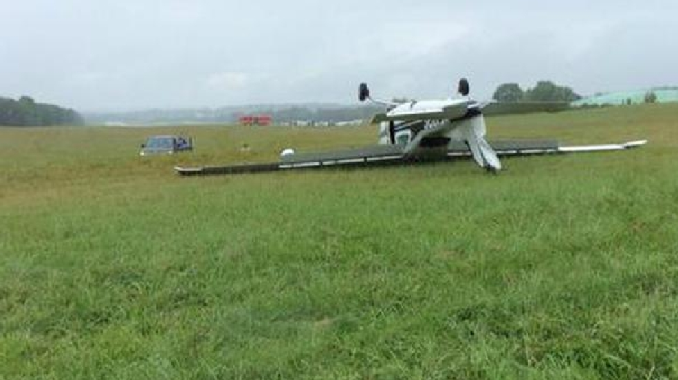 Small plane crashes, flips over in Montgomery County Airpark