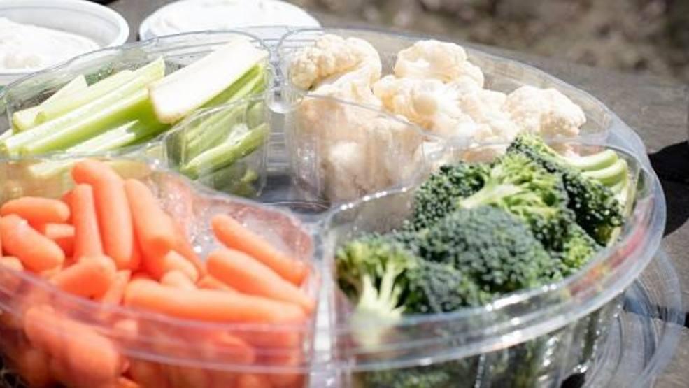 3 Wisconsinites sickened by veggie salmonella outbreak, sold at Kwik Trip