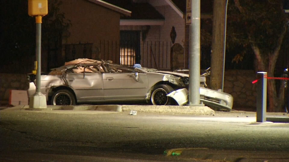 Scene of crash along Trowbridge Dr. and N. Clark Dr. in southcentral El Paso on Tuesday, Dec. 5, 2017. (Credit: KFOX14/CBS4)