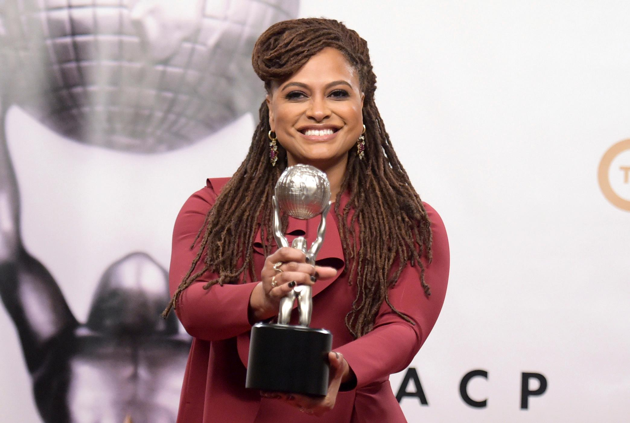 Ava DuVernay poses in the press room with the award for the entertainer of the year at the 49th annual NAACP Image Awards at the Pasadena Civic Auditorium on Monday, Jan. 15, 2018, in Pasadena, Calif. (Photo by Richard Shotwell/Invision/AP)