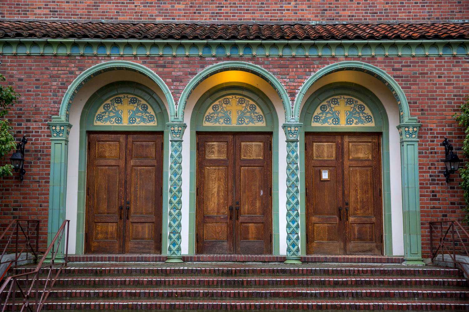 The Mt. Baker Presbyterian Church is one of the few examples of the Italian/Romanesque Revival-style architecture we have here in Seattle, and is part of the 2017 Mt. Baker Home Tour happening Dec. 2, 2017. (Image: Sy Bean / Seattle Refined)