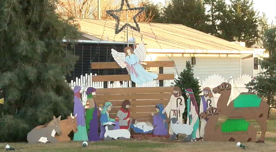 The McInturfs have been working on their holiday display at 110 Nobes Street in Holdrege since Labor Day. (KHGI)<p></p>
