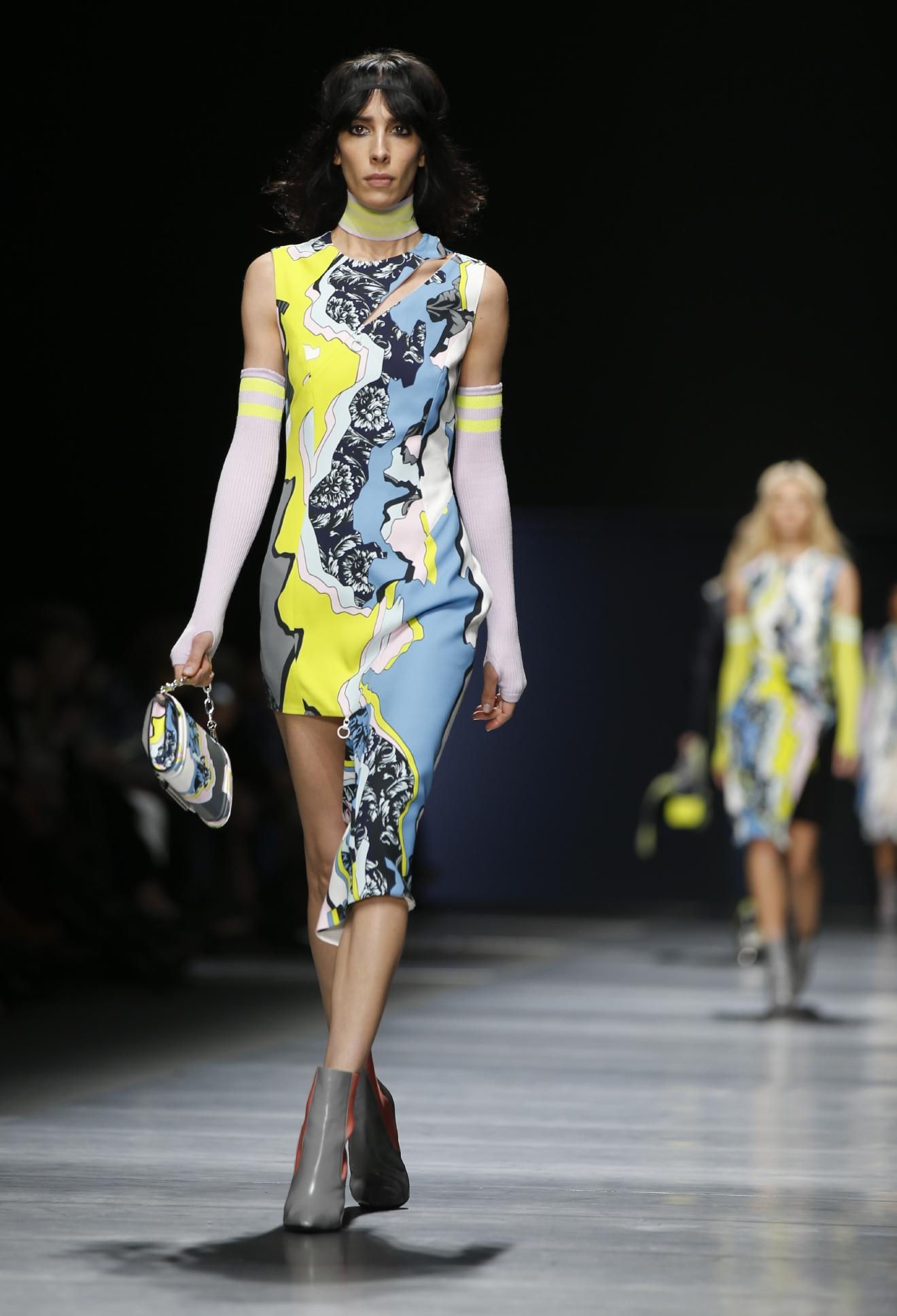 Gallery Bright Eyewear Color At Milan Fashion Week Wjla