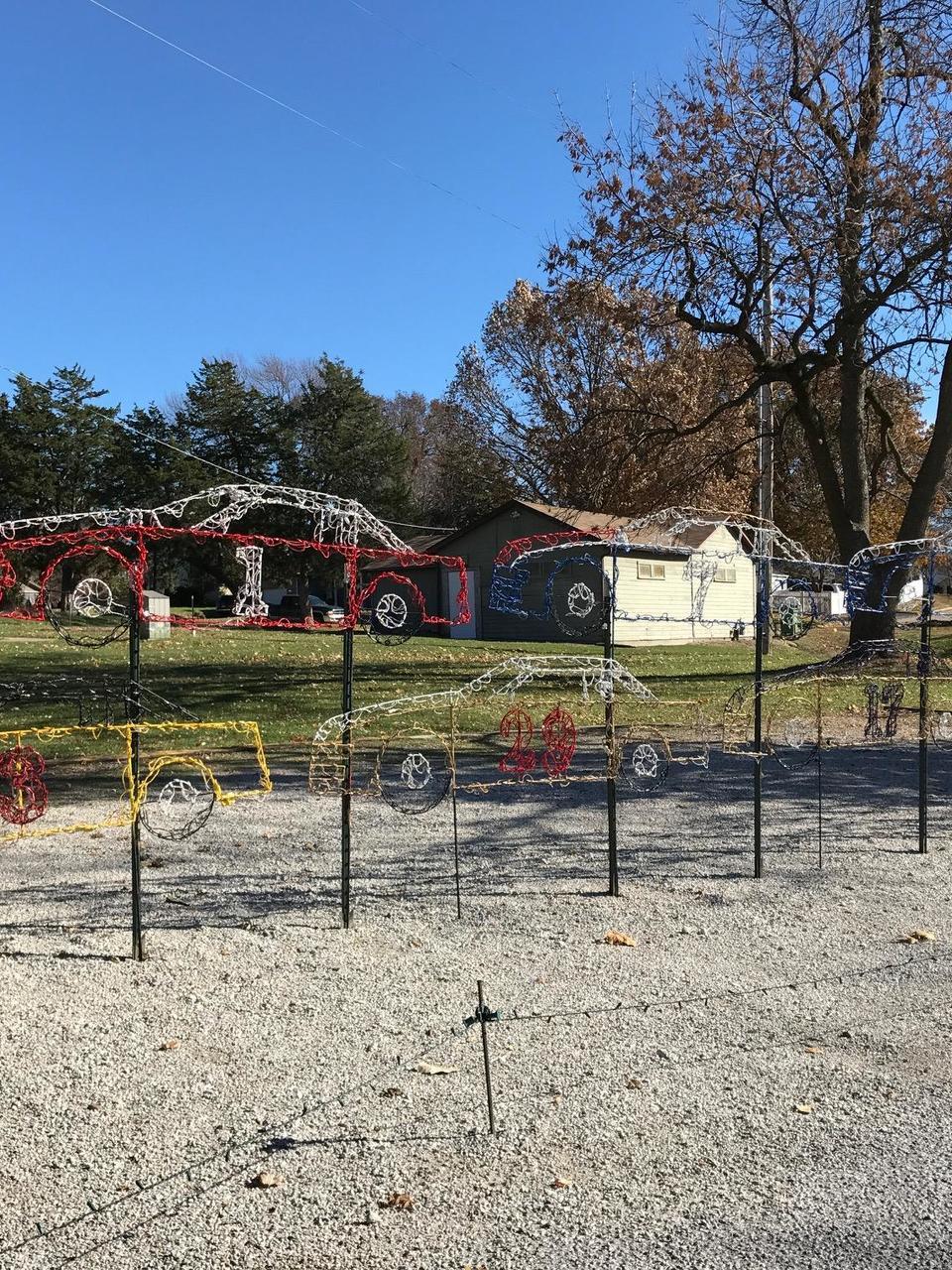 Christmas displays fill Rand Park   KHQA