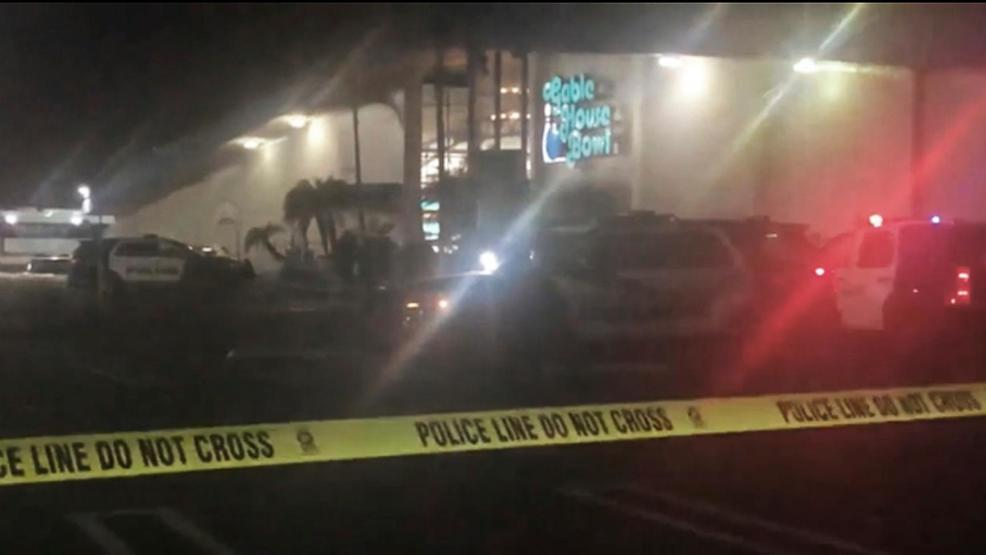 police 3 dead 4 injured in bowling alley shooting komo