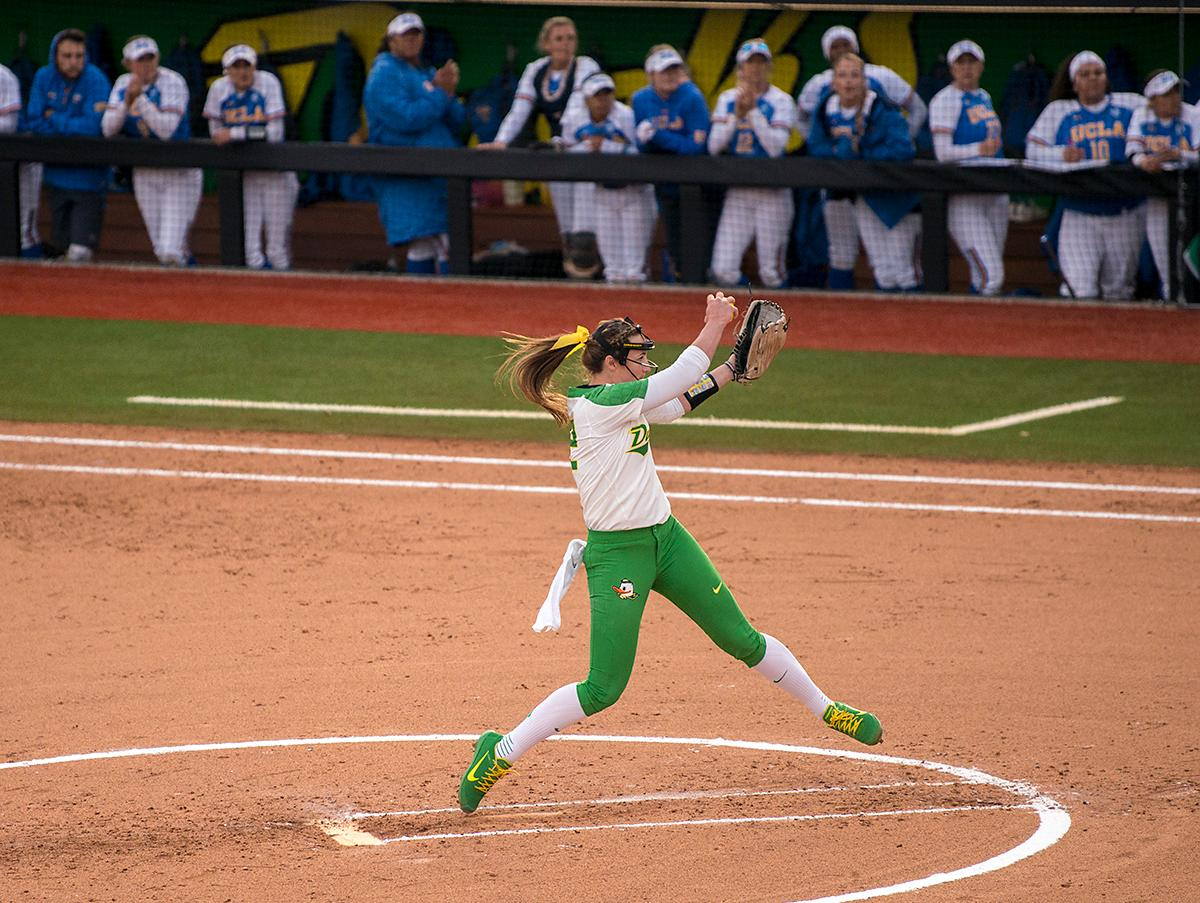 The UCLA Bruins defeated the University of Oregon Ducks 6-2 in Game 1 of a three-game series at Jane Sanders Stadium Friday afternoon. The Bruins managed a two-run homer by Brianna Tautalafua and Rachel Garcia added a solo home run. Photo by Abigail Winn, Oregon News Lab