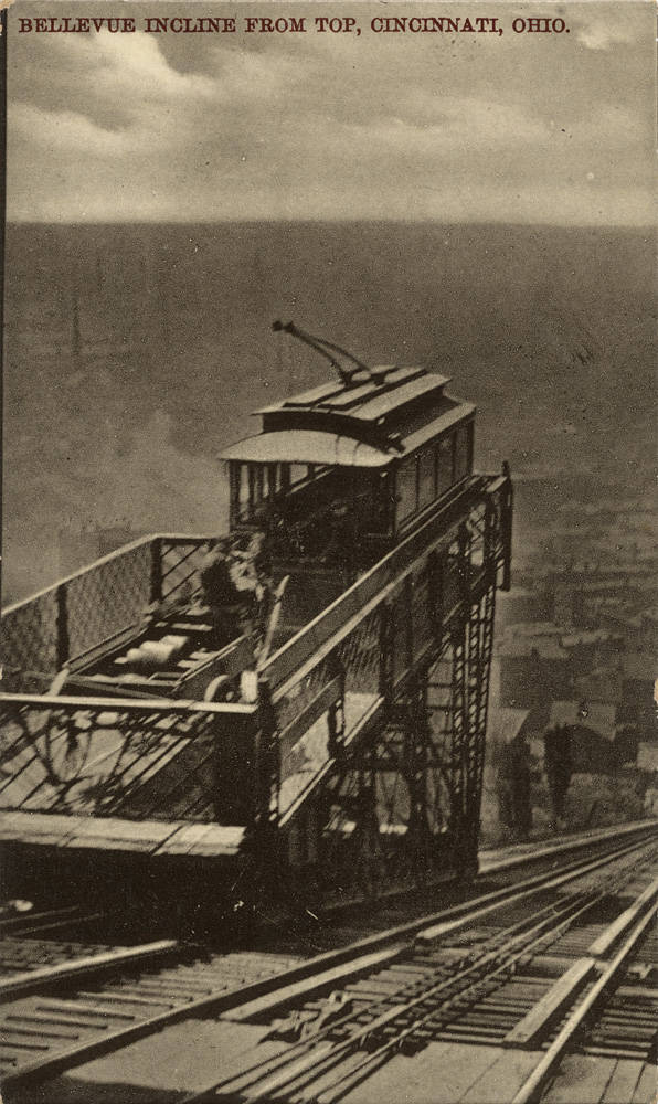 A streetcar and carriage ride the platform of the Bellevue Incline / Image courtesy of the Public Library of Cincinnati and Hamilton County // Published: 1.2.19