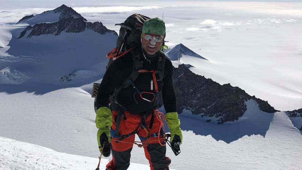 Utah man dies after fall on summit of Mount Everest