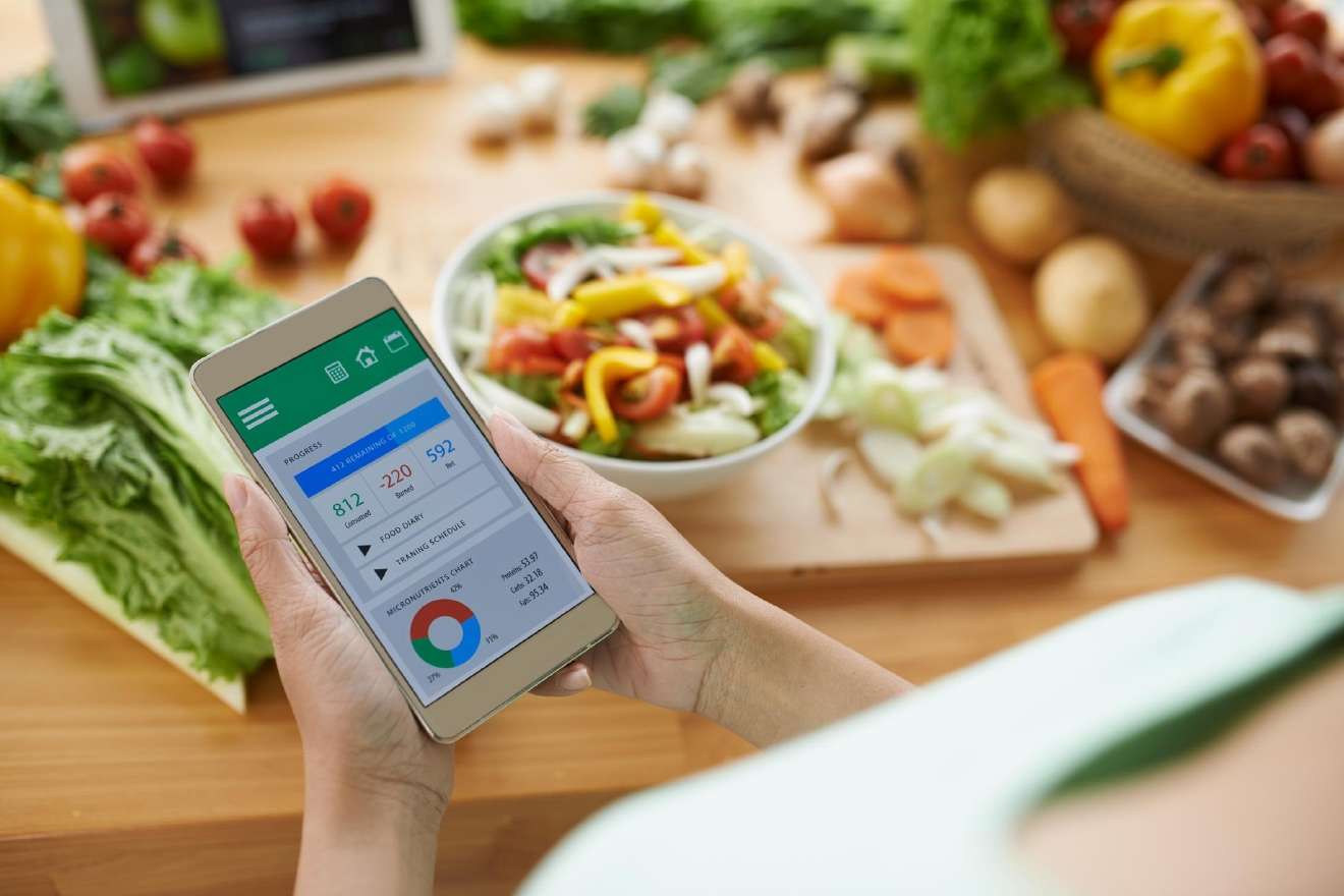 A variety of apps help users track their caloric intake – and expenditure – to encourage weight loss.