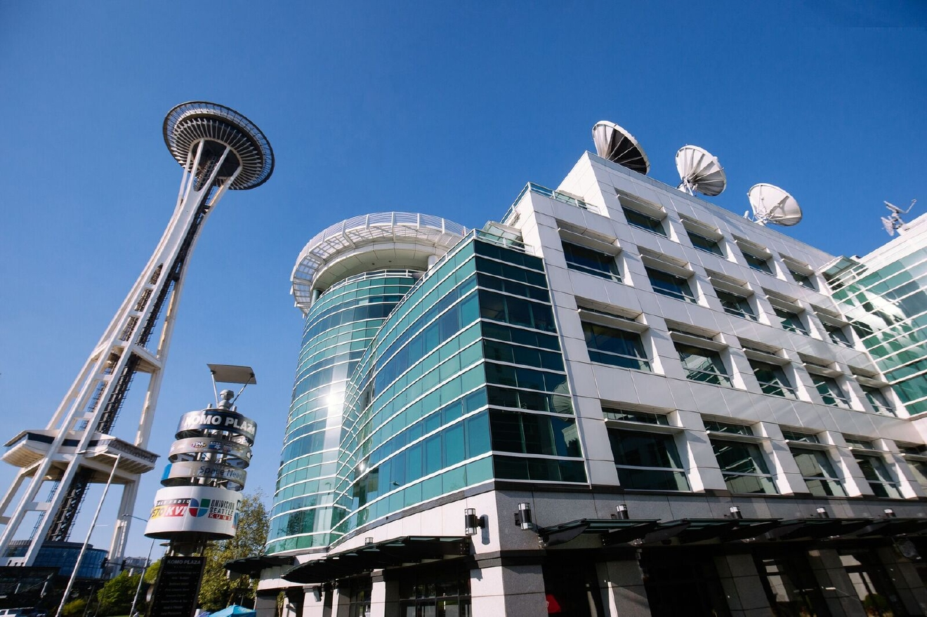 Seattle Refined even has its own Grey's connection of sorts. Grey's used KOMO Plaza to shoot some exterior shots of Seattle Grace. Specifically, the helipad at KOMO Plaza was used to show the rooftop of the hospital. (Image: Joshua Lewis / Seattle Refined)