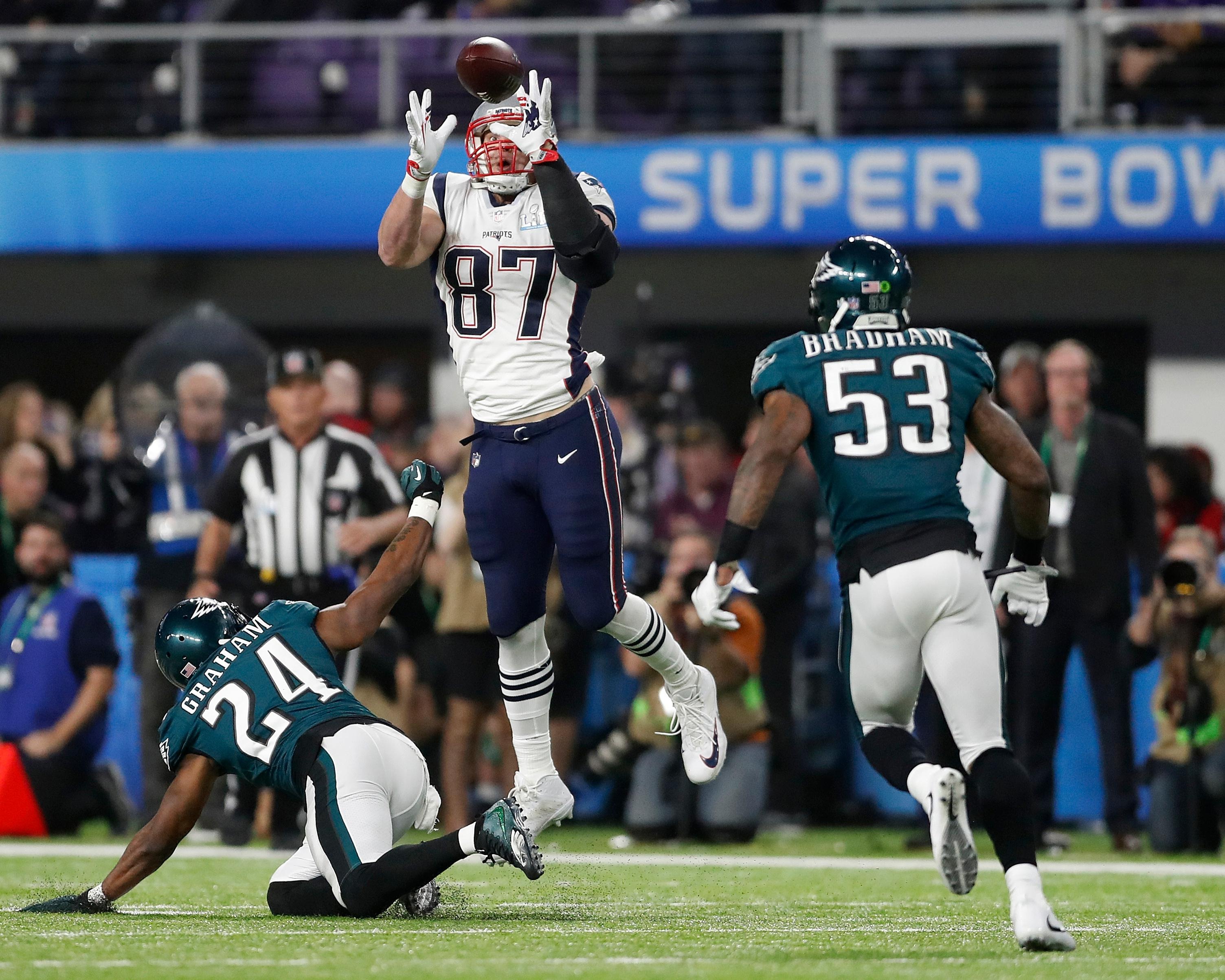 New England Patriots' Rob Gronkowski catches a pass during the second half of the NFL Super Bowl 52 football game against the Philadelphia Eagles Sunday, Feb. 4, 2018, in Minneapolis. (AP Photo/Jeff Roberson)
