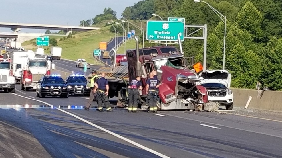 All eastbound lanes of I-64 reopen near Scott Depot exit in