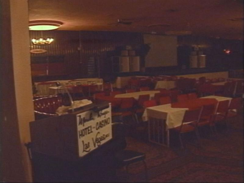 Dining Room Late 1980s.jpg