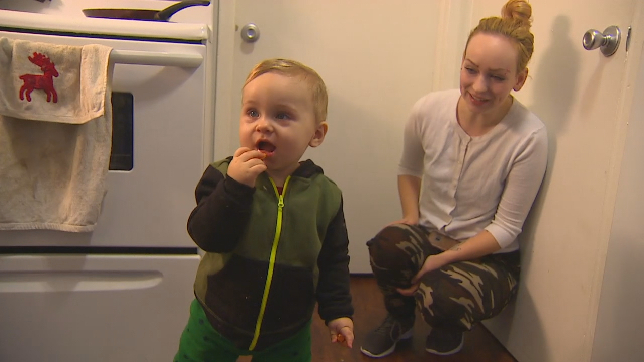 A young couple with a little boy were about to become first-time home buyers when scammers swiped their $12,000 closing costs. (Photo: KOMO News)