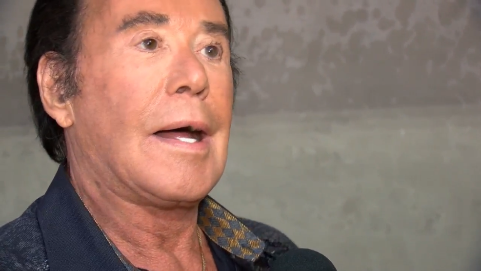 Woman alleges Wayne Newton's pet monkey attacked daughter