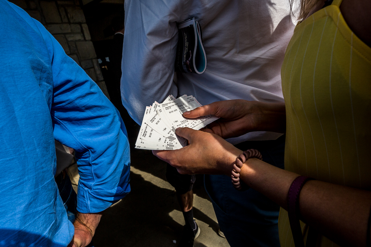Attendees wait in line to place their bets at the window at Keeneland. / Image courtesy of Catherine Viox // Published:{ }4.12.19