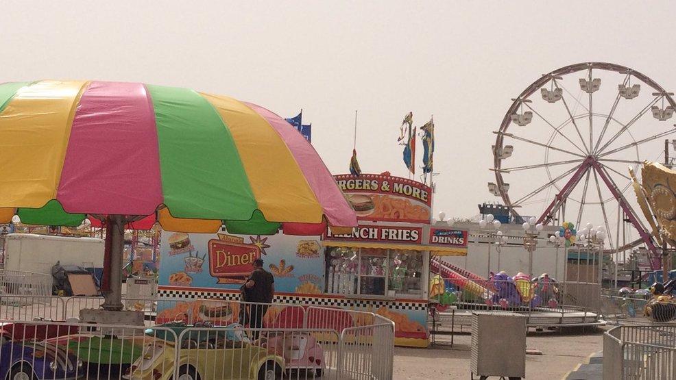 Sun city fair closed friday due to high winds kfox for Sun city motors el paso tx