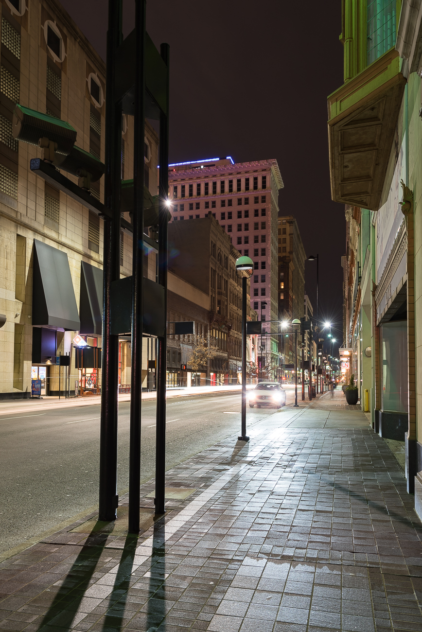 Looking east on 4th Street from Race Street in 2019. / Image: Phil Armstrong, Cincinnati Refined // Published: 2.16.19