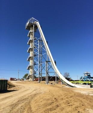 The ride height of Verrückt is still not announced, but the Schlitterbahn says it will top the record of 134.5 feet set by Aguas Quentes Country Club in Rio de Janeiro, Brazil.