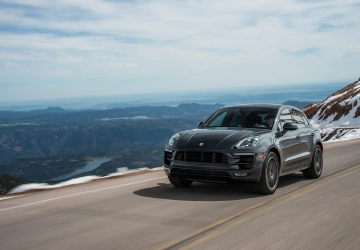2015-2017 Porsche Macan recalled to fix air bag systems